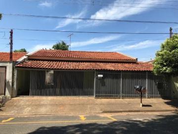 Alugar Casa / Padrão em São José do Rio Preto. apenas R$ 273.000,00