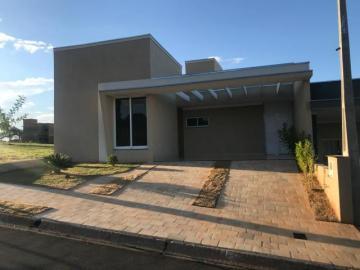 Alugar Casa / Condomínio em São José do Rio Preto. apenas R$ 390.000,00