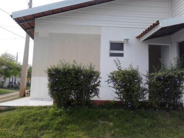 Alugar Casa / Condomínio em São José do Rio Preto. apenas R$ 165.000,00