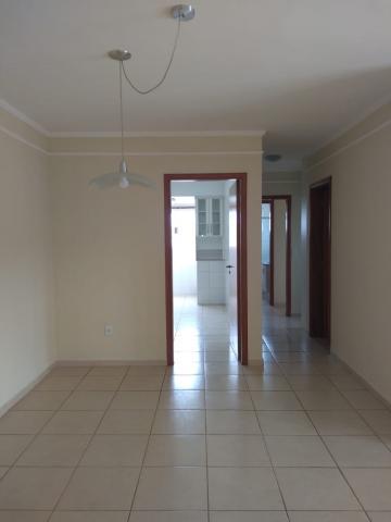 Alugar Apartamento / Padrão em São José do Rio Preto. apenas R$ 1.220,00