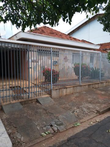 Alugar Casa / Padrão em São José do Rio Preto. apenas R$ 1.400,00