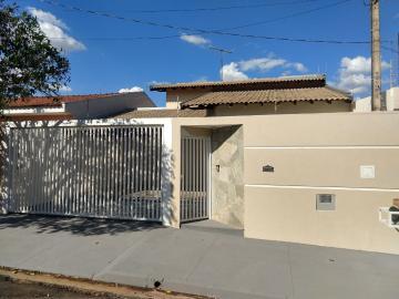 Alugar Casa / Padrão em São José do Rio Preto. apenas R$ 370.000,00