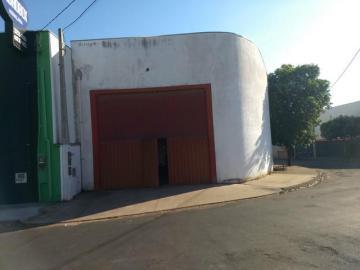 Alugar Comercial / Salão em Mirassol. apenas R$ 1.800,00