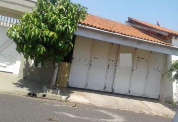 Casa / Padrão em Mirassol , Comprar por R$290.000,00