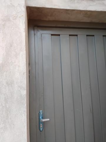 Casa / Padrão em São José do Rio Preto Alugar por R$680,00