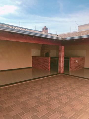Casa / Padrão em Mirassol , Comprar por R$220.000,00