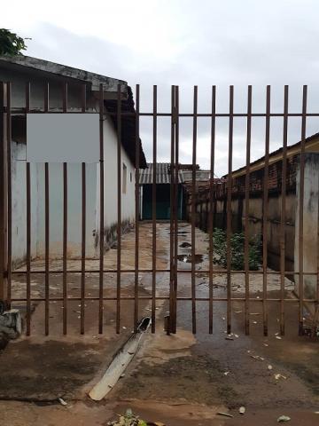 Casa / Padrão em São José do Rio Preto Alugar por R$500,00