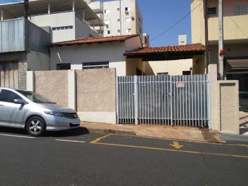 Casa / Padrão em São José do Rio Preto Alugar por R$750,00
