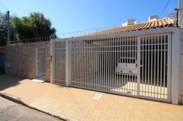 Alugar Casa / Padrão em São José do Rio Preto. apenas R$ 750.000,00
