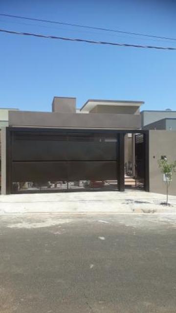 Casa / Padrão em Mirassol , Comprar por R$280.000,00