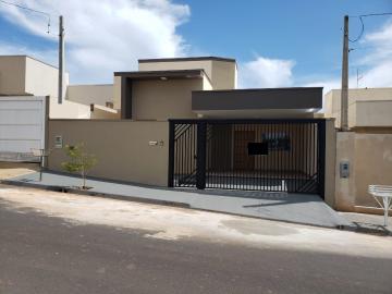 Casa / Padrão em Mirassol , Comprar por R$340.000,00