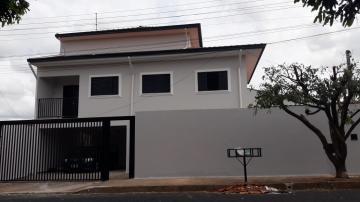 Casa / Padrão em São José do Rio Preto Alugar por R$1.800,00