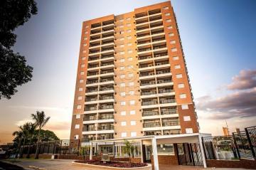 Alugar Apartamento / Padrão em Votuporanga. apenas R$ 307.500,00