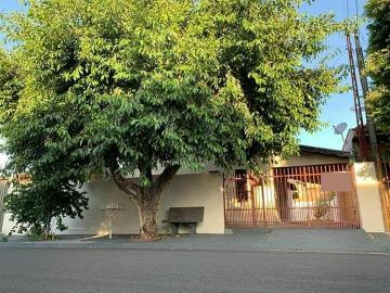 Alugar Casa / Padrão em Bady Bassitt. apenas R$ 215.000,00