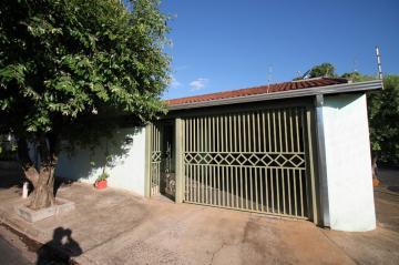 Casa / Padrão em São José do Rio Preto Alugar por R$1.300,00