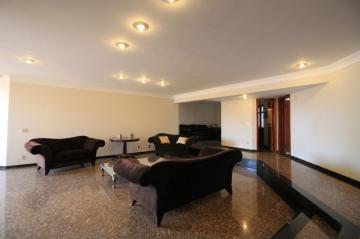 Apartamento / Padrão em São José do Rio Preto Alugar por R$2.000,00