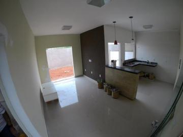 Alugar Casa / Padrão em Bady Bassitt. apenas R$ 190.000,00