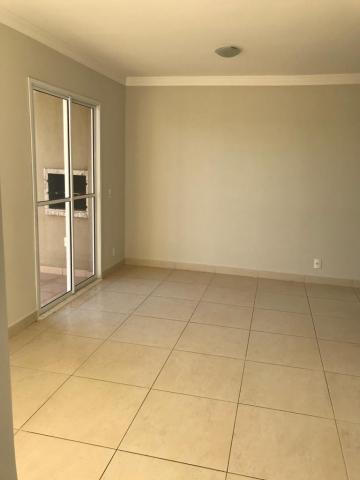 Alugar Apartamento / Padrão em São José do Rio Preto. apenas R$ 1.210,00