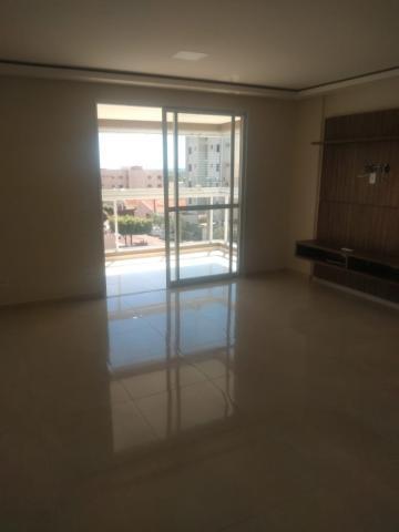 Apartamento / Padrão em São José do Rio Preto Alugar por R$2.500,00