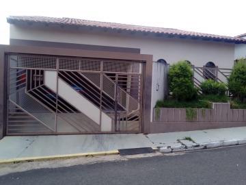 Alugar Casa / Padrão em Marapoama. apenas R$ 296.800,00