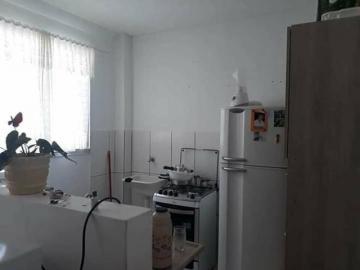 Apartamento / Padrão em São José do Rio Preto Alugar por R$820,00