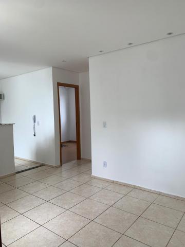 Apartamento / Padrão em São José do Rio Preto , Comprar por R$160.000,00