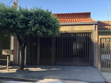 Casa / Padrão em Mirassol , Comprar por R$275.000,00