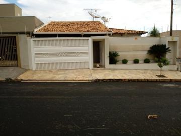 Casa / Padrão em Mirassol , Comprar por R$450.000,00