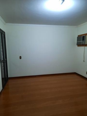 Alugar Apartamento / Padrão em São José do Rio Preto R$ 2.000,00 - Foto 11