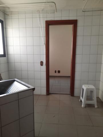 Alugar Apartamento / Padrão em São José do Rio Preto R$ 2.000,00 - Foto 31