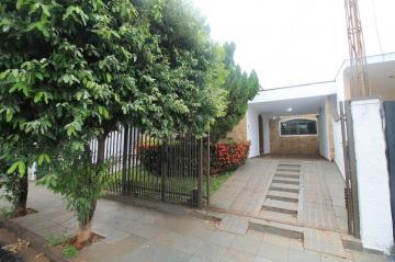 Alugar Casa / Padrão em São José do Rio Preto. apenas R$ 2.600,00